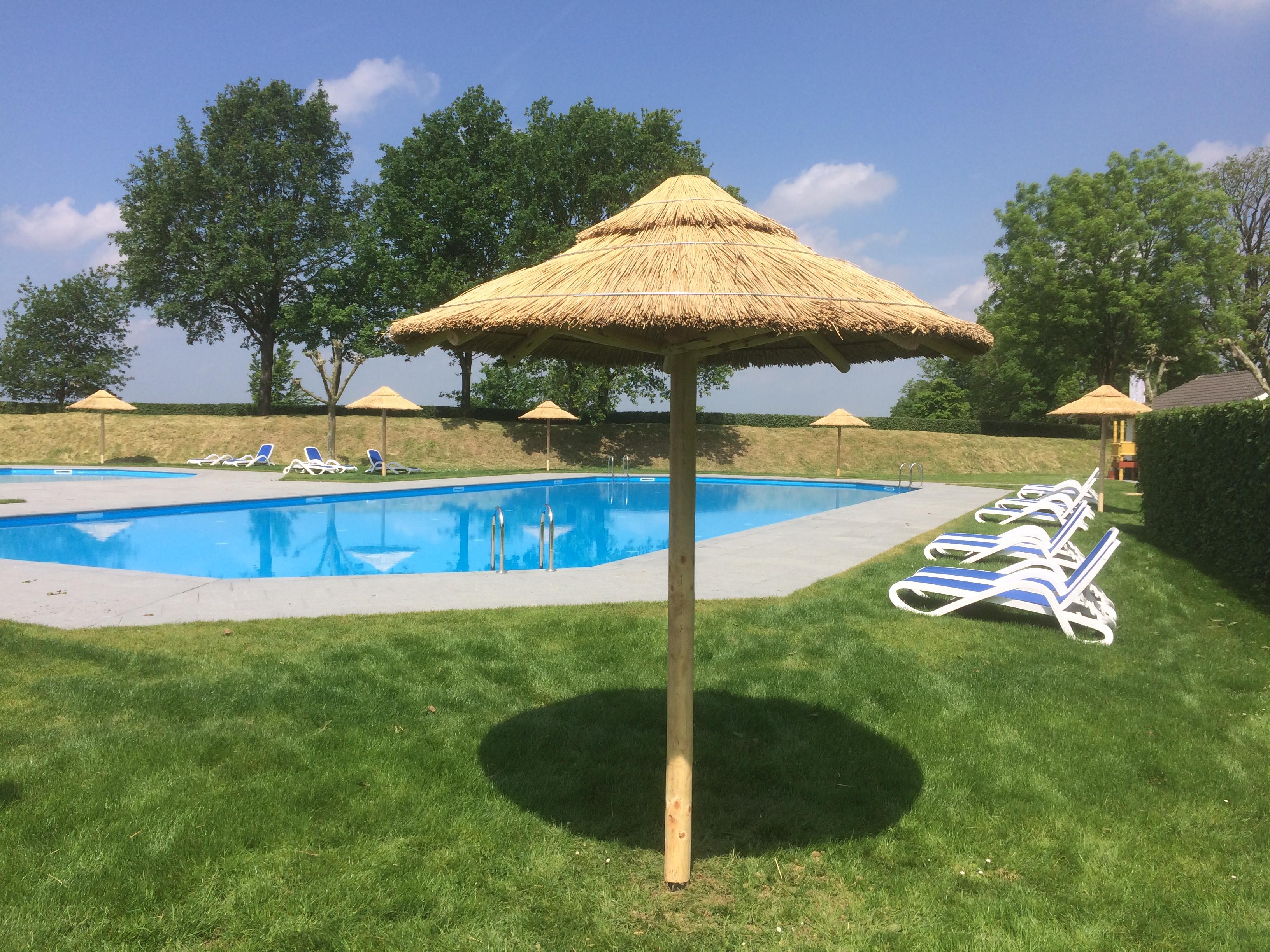 houtcreatief rieten parasol camping