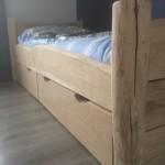 eikenhouten bed