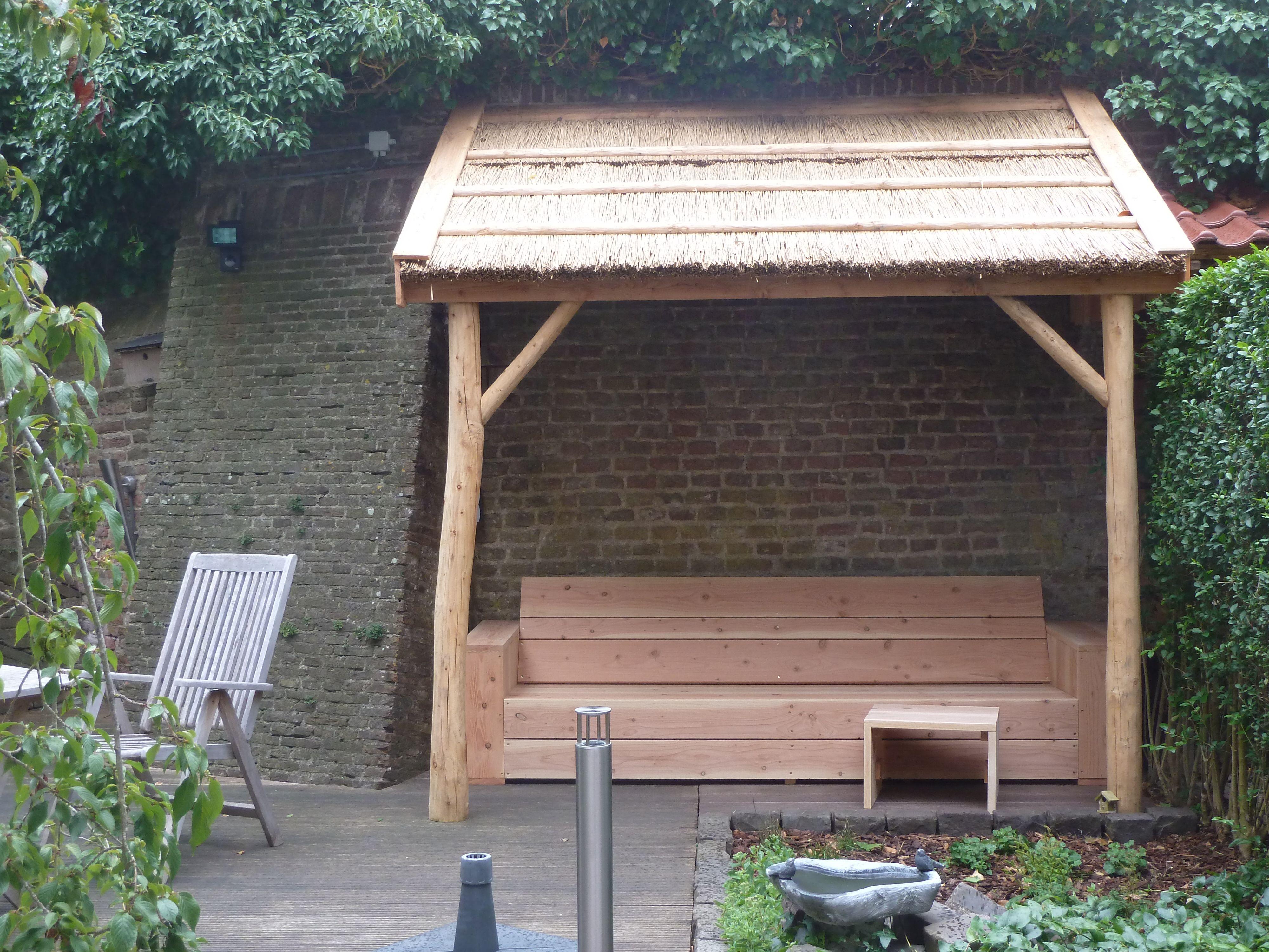 Tuin Met Overkapping : Tuin overkapping veranda met rieten dak hout creatief hout