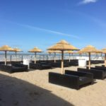 rieten parasol strand bloemendaal